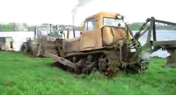 Видео тракторов в грязи - videotraktor.ru